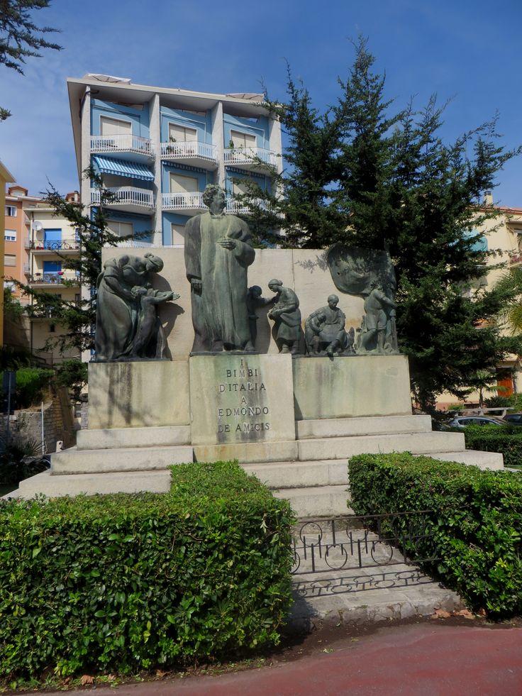 Imperia - Monumento ad Edmondo De Amicis
