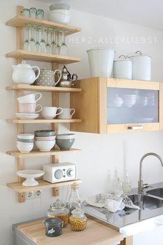 Kleine Küche? Mit diesen Tricks wird sie zum Raumwunder :-) #kitchen #inspiration