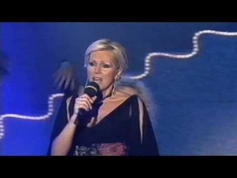 Helenka Vondráčková - Dlouhá noc (2002) obrovský hit téhle legendy popu a zasloužilé umělkyně