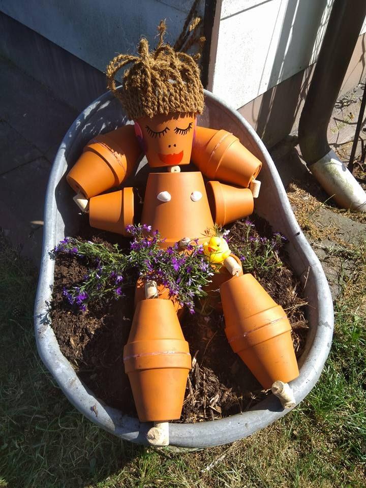 Nach der Gartenarbeit in der Badewanne entspannen ;-) – Bettina Stoll