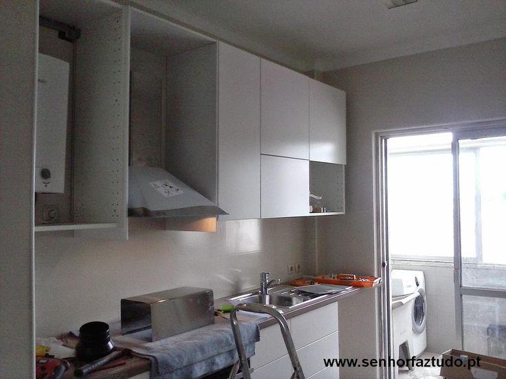 SENHOR FAZ TUDO - Faz tudo pelo seu lar !®: Montagem de uma cozinha nas Pedralvas ( Benfica)