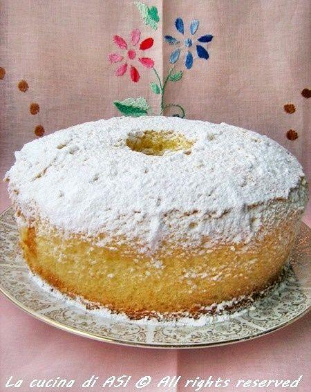 Mia sorella Annacarla mi ha passato la ricetta della chiffon cake Soffice , delicata profumata all'arancio e..buonissima!!!ricetta !chiffon cake