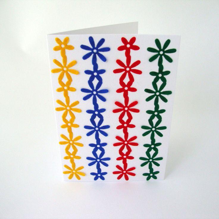 Přání+Přání+z+bílého+kartonu+ozdobené+filcovými+ozdobami+s+obálkou,+zabalené+v+celofánovém+obalu.+Rozměr:+10,5+x+15+cm+Obálka:+11+x+15,5+cm