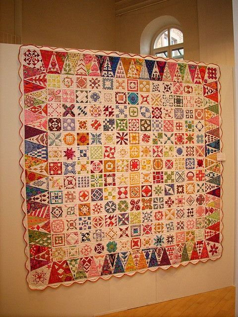 Perfect  Dear Jane Quilts from the Quilt Group Dancing Hands in Osnabr ck at the Main Quiltfestival Aschaffenburg Bachsaal Christuskirche