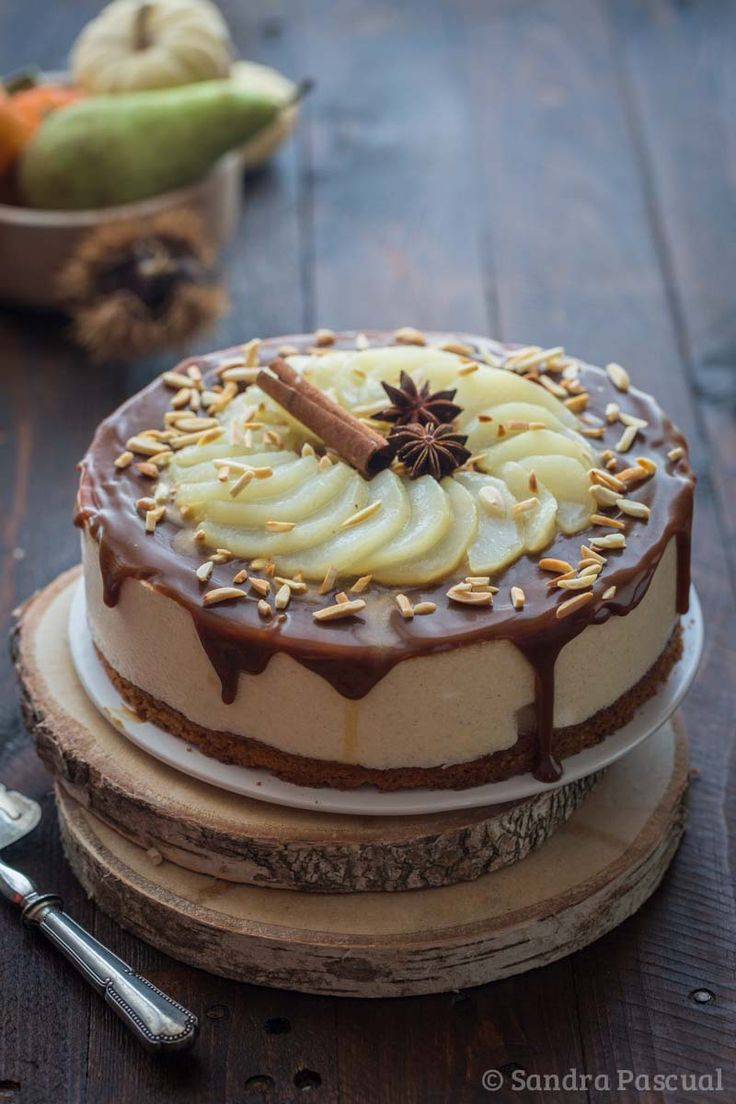 Pear mousse cake with caramel and spices