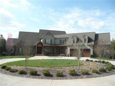 8275 Rolen Acres Ct, Lewisville, NC 27023