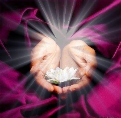 """Tornar-se um Mestre em Reiki é antes de tudo ser imensamente grato por poder partilhar o Amor do Reiki na Terra e contribuir para que mais pessoas descubram seu caminho. Sinta o chamado de seu coração e torne-se um Mestre em Reiki trabalhando com a parte física,emocional, espiritual e com a prosperidade, saúde e eliminação...<br /><a class=""""more-link"""" href=""""https://catracalivre.com.br/geral/agenda/barato/mestrado-em-reiki-o-caminho-da-espiritualizacao/"""">Continue lendo »</a>"""