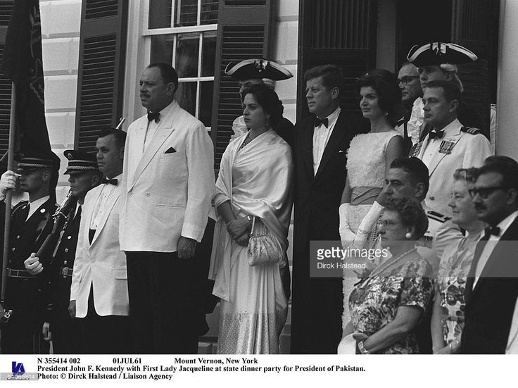 N 355414 002 01Jul61 Mount Vernon, New York President John F. Kennedy With First Lady Jacqueline At State Dinner Party For President Of Pakistan.