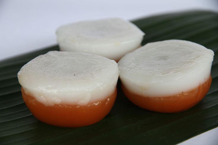 Yuk Mencintai kue tradisional. Seperti Kue Talam Ubi. Talam Ubi kue khas Betawi. Sudah bisa dipesan di House of Talam via Telepon 021 32255467. Pesan 2 hari sebelum hari H.