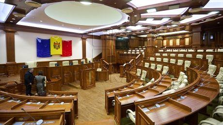 Începe o nouă sesiune parlamentară. Andrian Candu îi va convoca în ședință pe șefii comisiilor