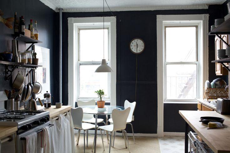 Dark walls, great kitchen