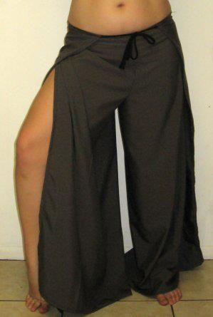 Simple Wrap Pants Tutorial    Even if you aren't very confident behind your sewing machine, wrap pants come out right every time, and look great on both men and women. I'm talking ONE seam stitched in, and you're done.