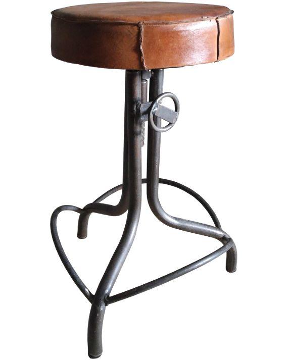 <p>Industriele kruk vintage ijzer. Deze stoere industriele kruk is oprecht een