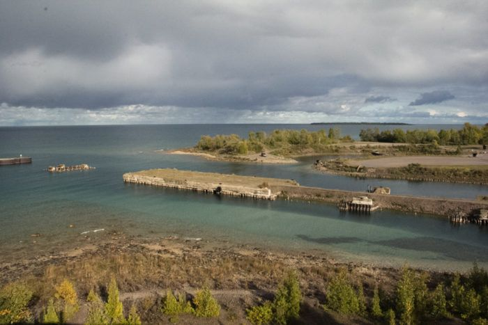 Marine enthusiasts will be glad to know that Rockport is home to a deep-water protected area that safeguards the natural habitats of Lake Huron.