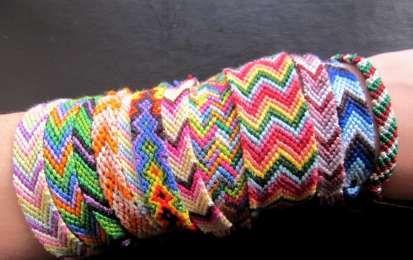 Braccialetti dell'amicizia fai da te: istruzioni per realizzarli [FOTO] - Ecco le istruzioni utili per realizzare i braccialetti dell'amicizia fai da te.