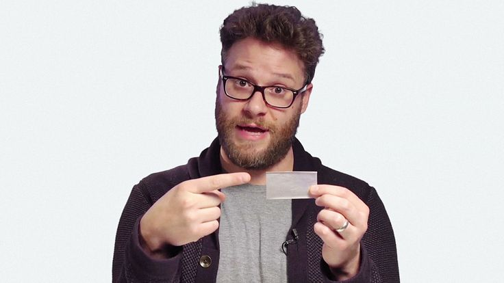 Seth Rogen Offers A Very Detailed Tutorial On How To Roll a Joint
