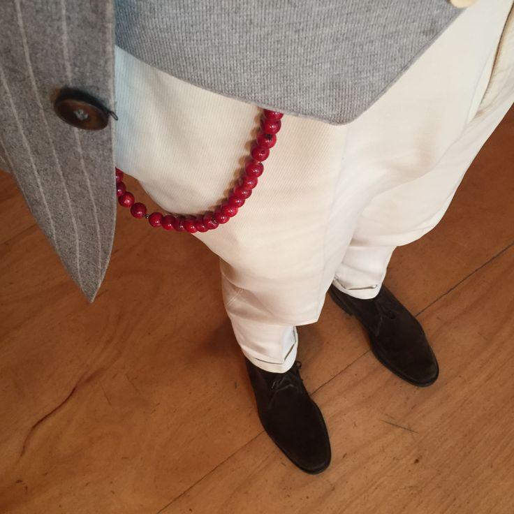 Corallo Bamboo Trouser Chain on Ecru - Catena da pantaloni Corallo Bamboo aetnastones.com