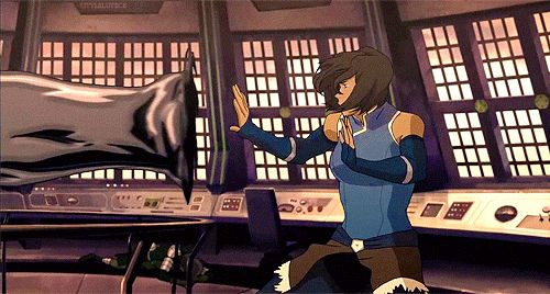 I think one thing i haven't seen people talk about is this scene, and how Korra is bending the metal. She isn't Metalbending like an Earthbender would. She is doing it like a Waterbender. This may seem a bit obvious but like, it's just amazing how she is taking things she earned as a Waterbender from Katara and using it in a way that gives her an advantage over Kuvira. Kuvira just moves it like an Earthbender would. She keeps her defense up and keeps a steady stance. Korra is changing the…
