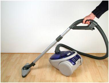 tips for hardwood floor vacuum cleaners
