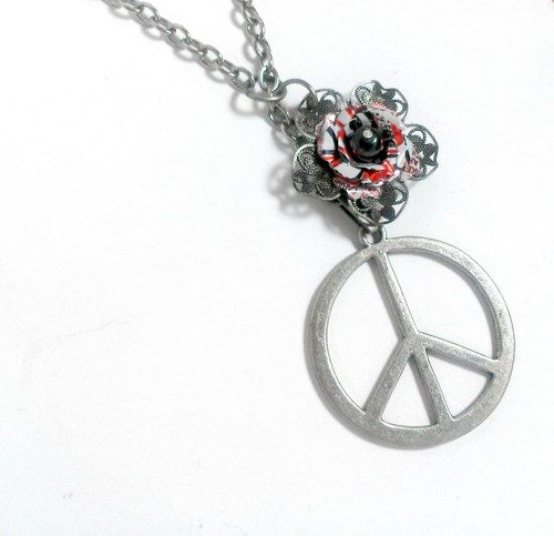 Teen Girl Jewelry Peace Sign Recycled Soda Can Jewelry Lariat Long Chain Dr Pepper Tin Can Women Jewelry Teen Girl Gift