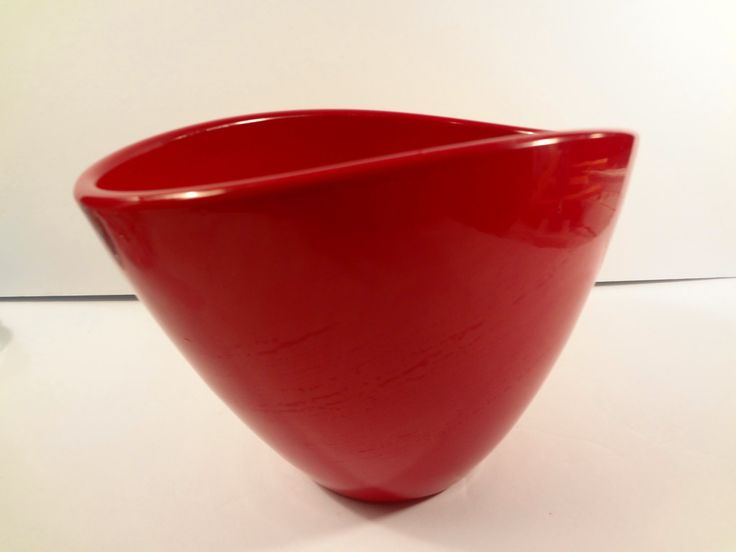 Red Planter Made in Germany - Pot Ceramic Indoor Outdoor Unique Shape Vintage by TresTresInteressant on Etsy