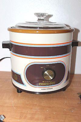 Classic RIVAL CROCK POT SLOW COOKER 3.5 qt CROCKPOT orange blue brown ROUND 3100