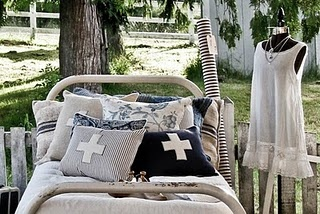 Seabold Vintage Market: Vintage Marketing, Colors Combos, Barns Houses, Boys Rooms, Cushions, Colors Schemes, Slip Dresses, Bedrooms Inspiration, Pillows
