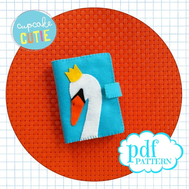 Felt needle book pattern. Swan needle case. Pdf instant download. Easy, beginners sewing. by cupcakecutie1 on Etsy