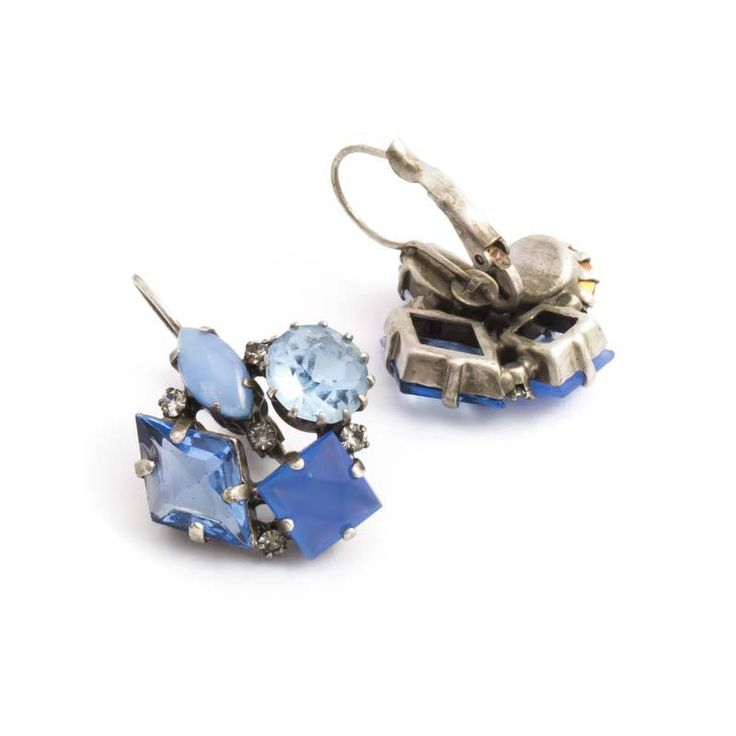 De Luxe Blauwe oorbellen met vier geclusterde stenen