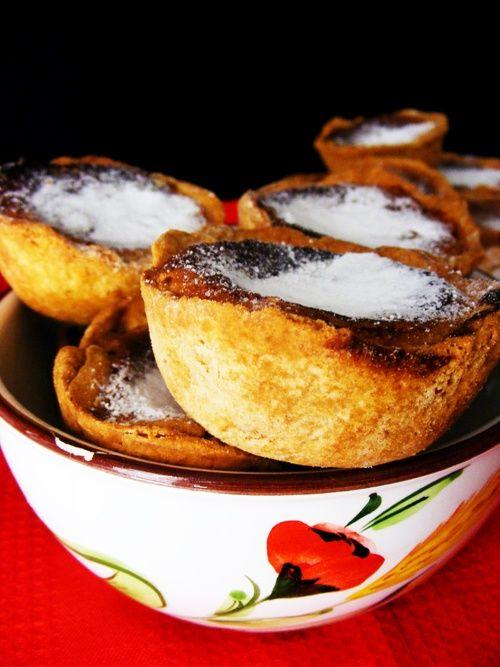 Portuguese Food: Pastéis de Feijão