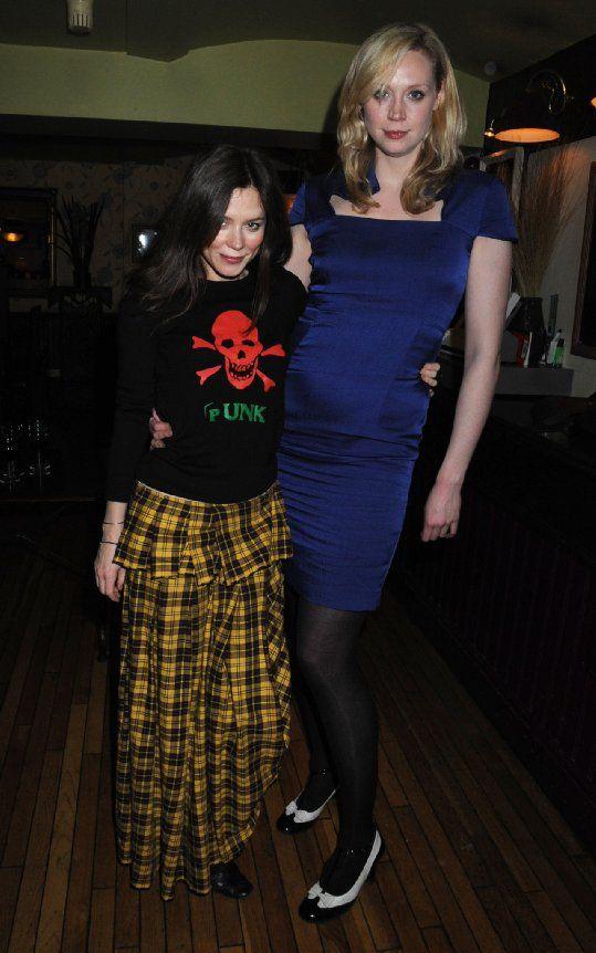 Pictures & Photos of Anna Friel (American Odyssey, Marcella) & Gwendoline Christie (aka Brienne de Tarth in Game of Thrones) - IMDb