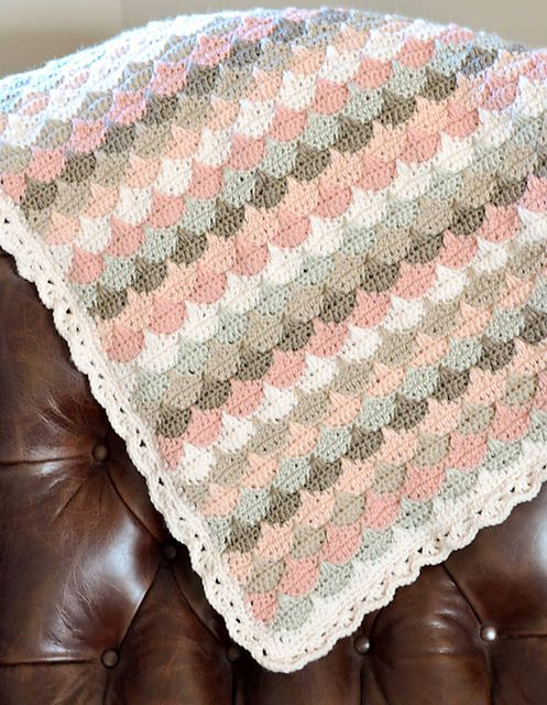 Clamshell Along Blanket, crocheted by DownGrapevineLane (pattern by Cherry Heart).  Interesting rotation of six colors.  #crochet #afghan #throw