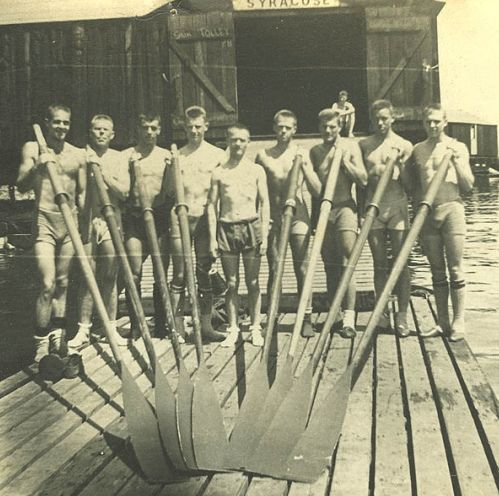 syracuse university rowing, circa 1940s. REPRESENT.