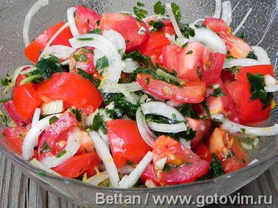 Ближневосточный салат из помидоров. Фотография рецепта