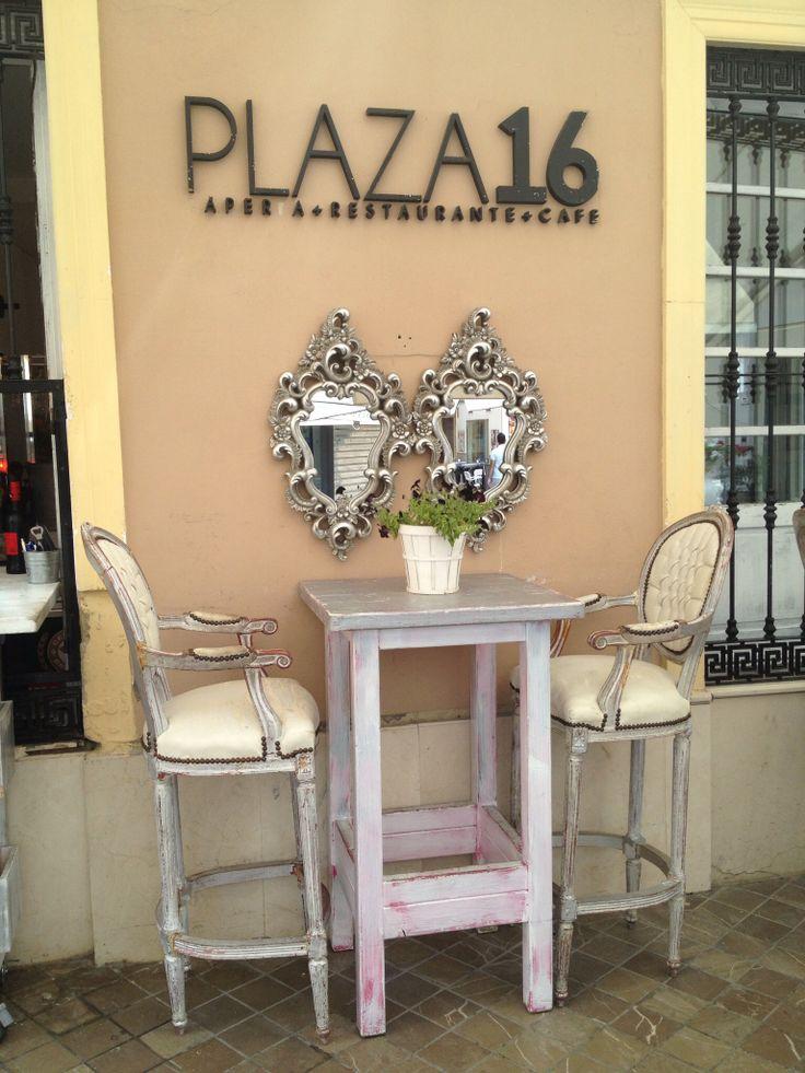 Plaza 16