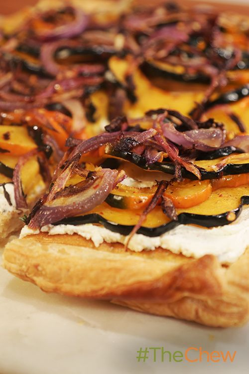 Want the perfect Fall appetizer? Try this Acorn Squash Goat Cheese Tart!