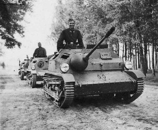 TKS 20 Polish tankette.