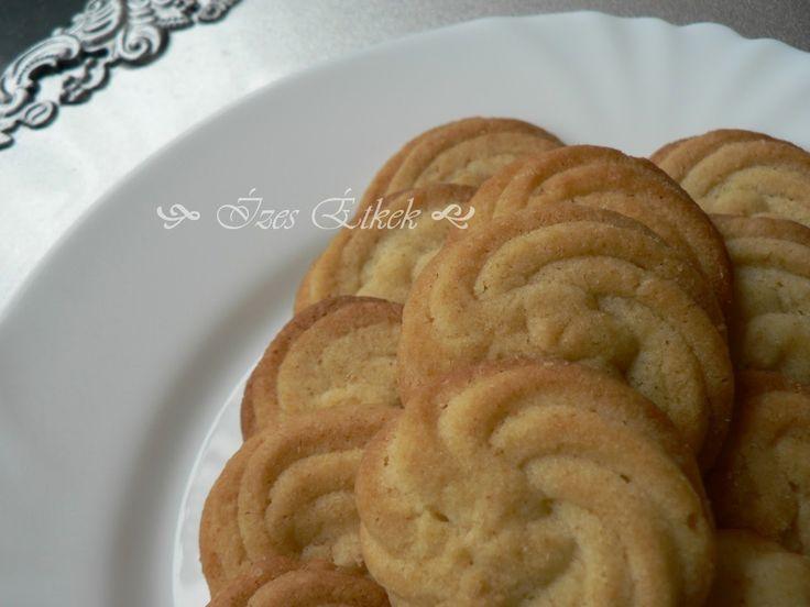 Ízes étkek: Bécsi keksz