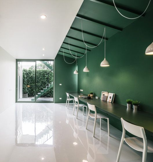 Green 26,© Chaovarith Poonphol
