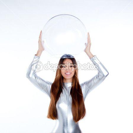 futurystyczny kobieta srebrny kask szkła — Obraz stockowy #10035313