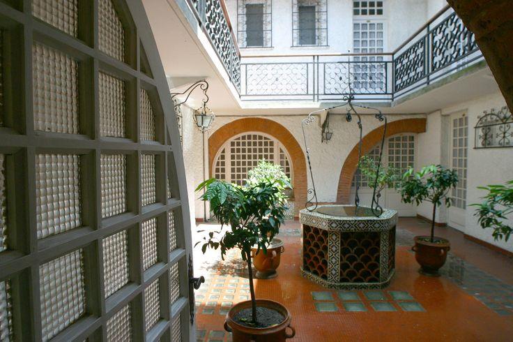 Le-patio-insolite-Hotel-ROYALWILSON-HotelToulousecentre © Gilles Bouquillon