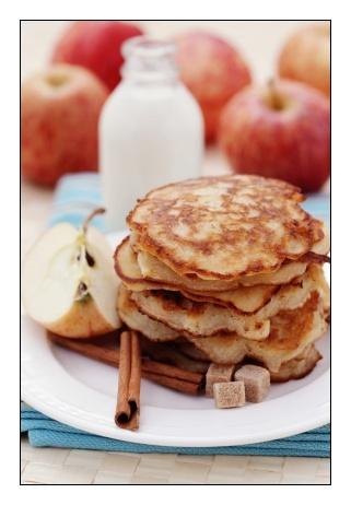 Apple and Cinnamon Pancakes