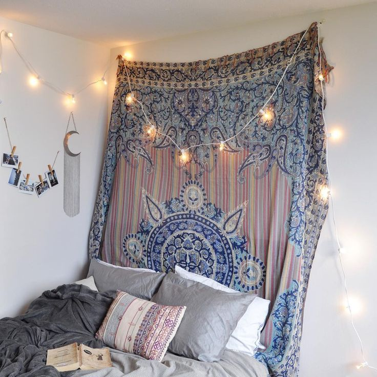1000 ideas about tapestry bedroom on pinterest tapestries bohemian tapestry and hippie. Black Bedroom Furniture Sets. Home Design Ideas