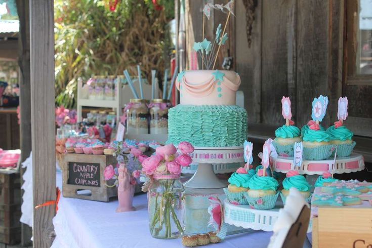 Talia's Shabby chic cowgirl party | CatchMyParty.com
