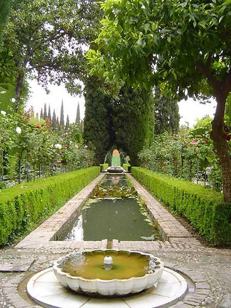17 best images about la alhambra de granada on pinterest for Jardin de la reina granada