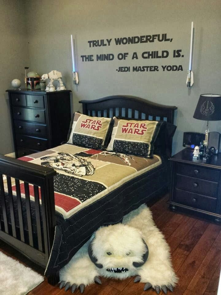 awesome star wars themed bedroom. good for boys and girls alike !