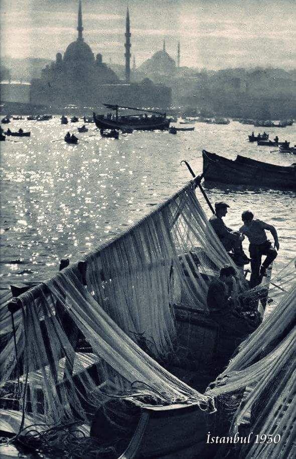 İstanbul'u dinle! (1950) #birzamanlar #istanlook #nostalji