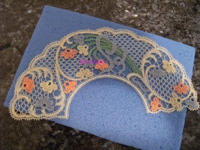 A Bobbin Lace Lover: Cómo montar un abanico