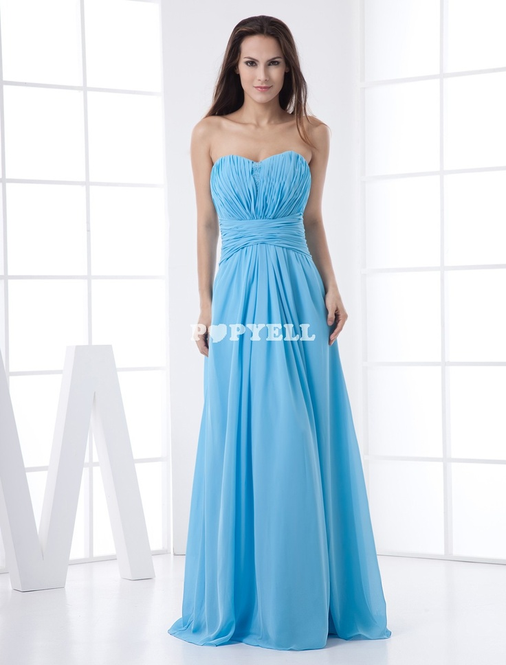 #robe #demoisellehonneur Robe demoiselle d'honneur attrayante bleue ciel claire en chiffon bustier