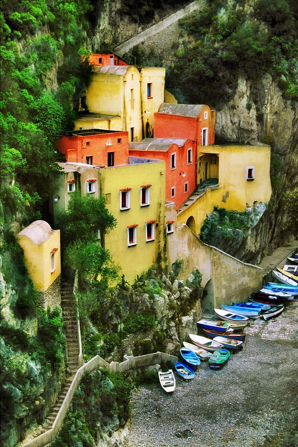 John Galbo, Amalfi Coast http://blog.loved-and-lost.com/2013/05/07/a-travelling-tale/